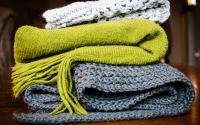 Ako správne skladovať oblečenie. Pomôže systém 3 kôpok
